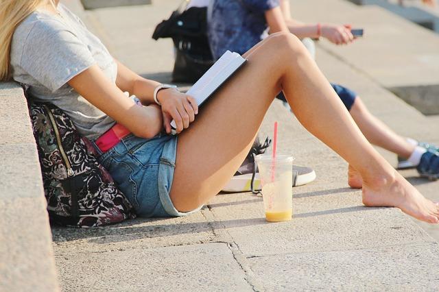 oholené nohy.jpg