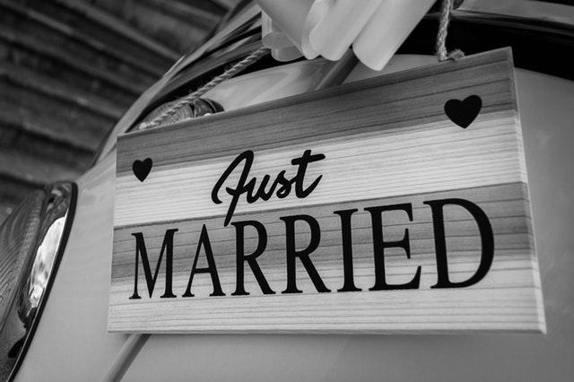 Plánovanie svadby a ako vyriešiť zoznam pozvaných hostí