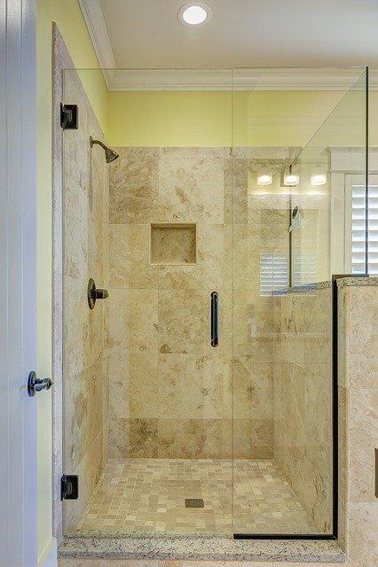 sprchová zástena pre ideálnu kúpeľňu